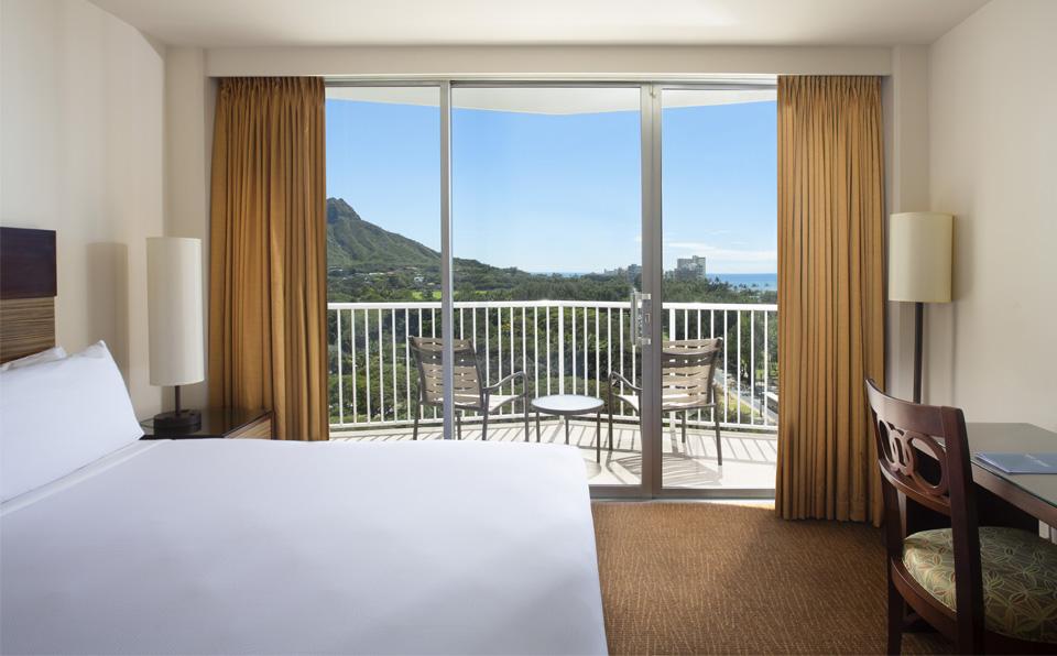 无障碍钻石山海景套房(1张大床+1张沙发床)